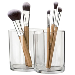 7. STORi Clear Plastic Makeup Brush Holder